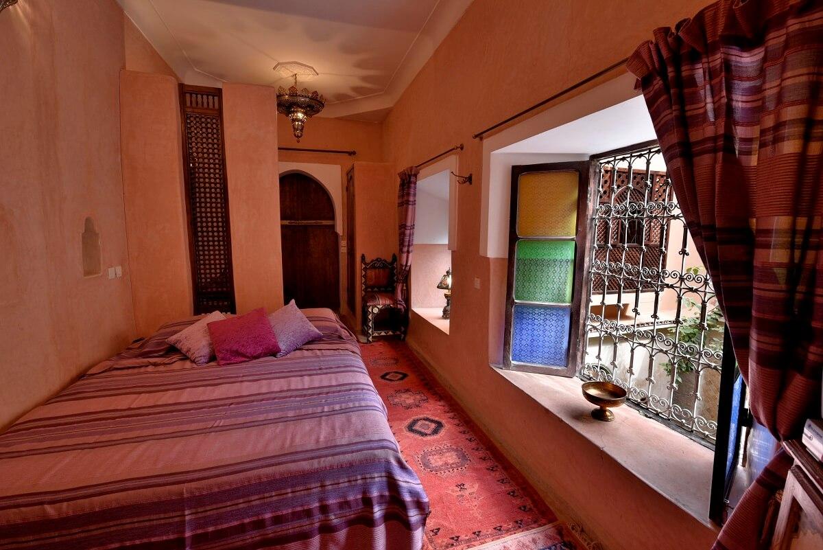 zimmer soleil im riad marrakesch la maison nomade. Black Bedroom Furniture Sets. Home Design Ideas