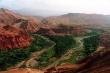 Das Tal der Rosen an der Straße der 1000 Kasbahs