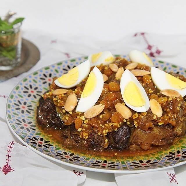tefaya-aprikosen-mandeln-eier-rosinen-pflaumen-lammfleisch