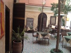 patio la maison nomade marrakech