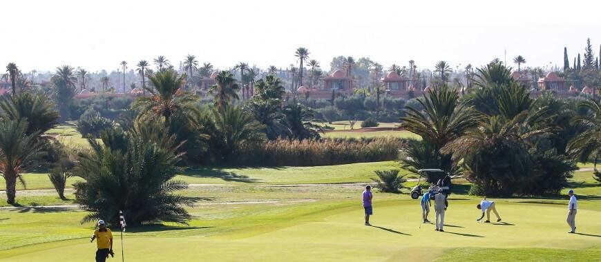 Golf spielen in Marrakesch mit dem Hotel La Maison Nomade in der Palmeriaie