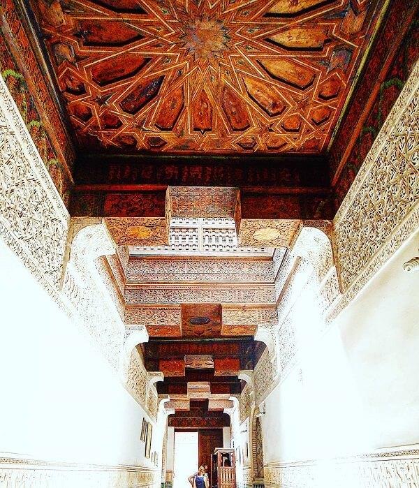 Mit dem Riad La Maison Nomade zur Koranschule Marrakesch Ben Youssef