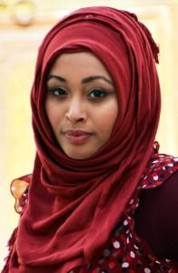 Marrokkanerin mit traditionellem Kopftuch