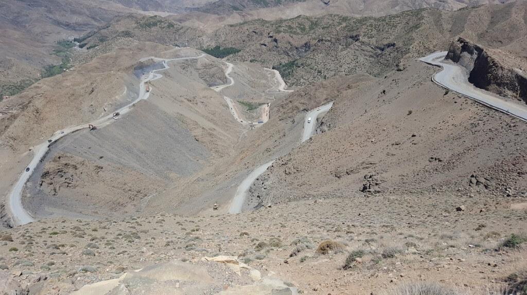 Mir dem Riad La Maison Nomade über den Tischkapass auf 2300 m in die Wüste von Marokko