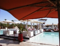 Relaxen am Pool von La Plage Rouge in Marrakesch