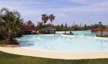 Mit dem Riad La Maison Nomade zum Wellenschwimmbad Oasiria