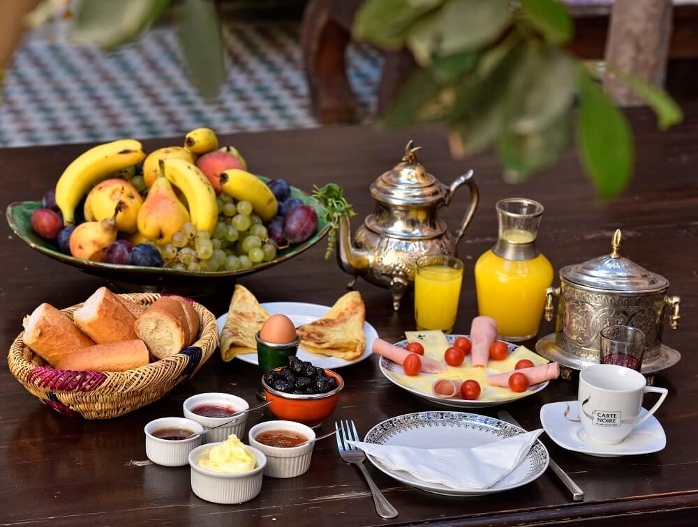 Das Frühstücksangebot im Hotel in Marrakesch