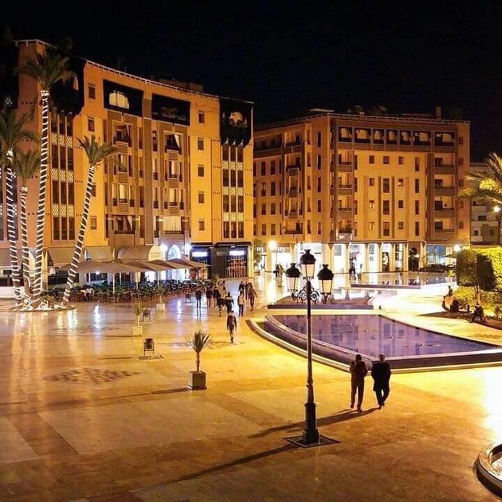 Mit dem Riad La Maison Nomade zum Platz des 16. November in der Neustadt von Marrakesch