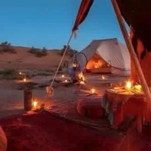 Biwak in der Wüste bei Merzouga Marokko, eine Rundreise mit dem Riad La Maison Nomade in Marrakesch