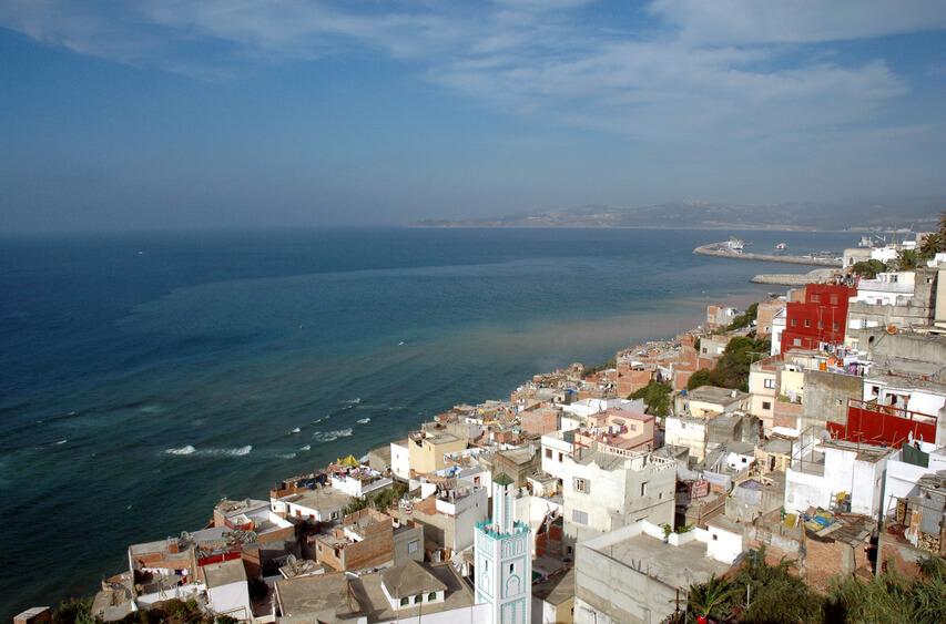 Sicht vonTanger auf die Meerenge von Gibraltar