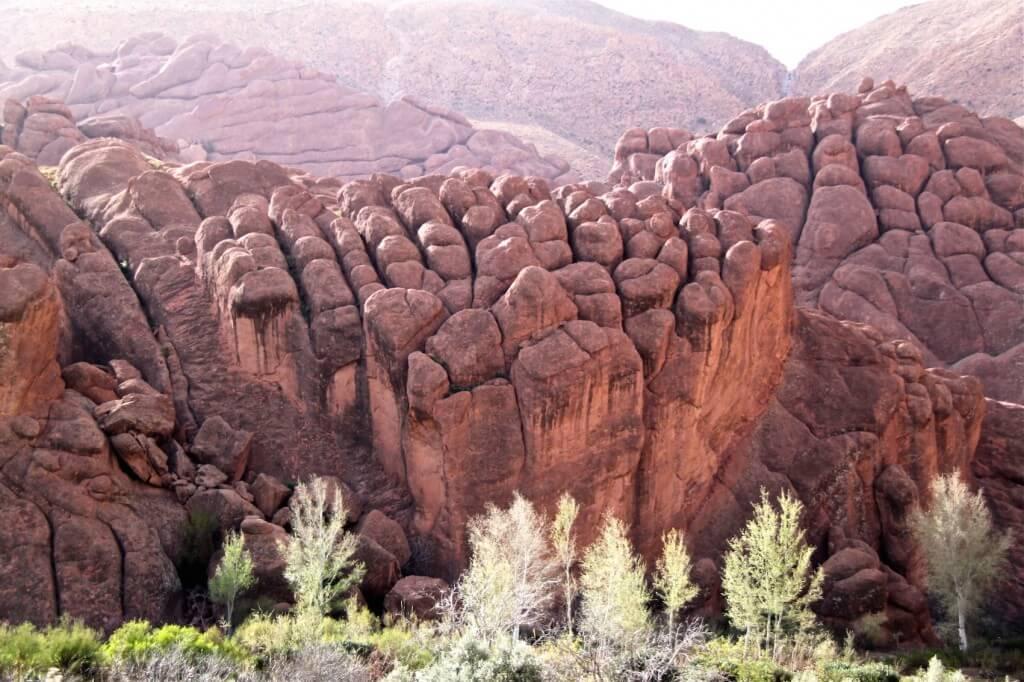 Mit dem Riad La Maison Nomade zu den Felsformationen an der Straße der 1000 Kasbahs