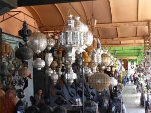 Mit dem Hotel La Maison Nomade in Marrakesch zum Platz der Lampenmacher
