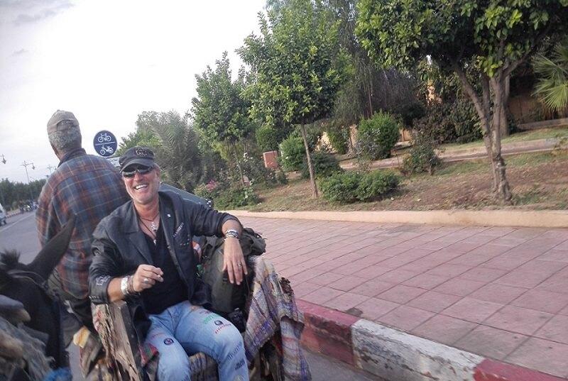 Auf der Flughafenstraße Richtung Altstadt Marrakech