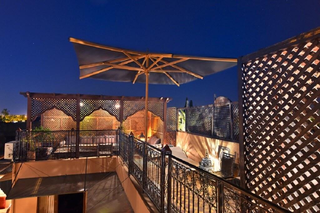 Die neue, vergrößerte Dachterrasse im Hotel La Maison Nomade