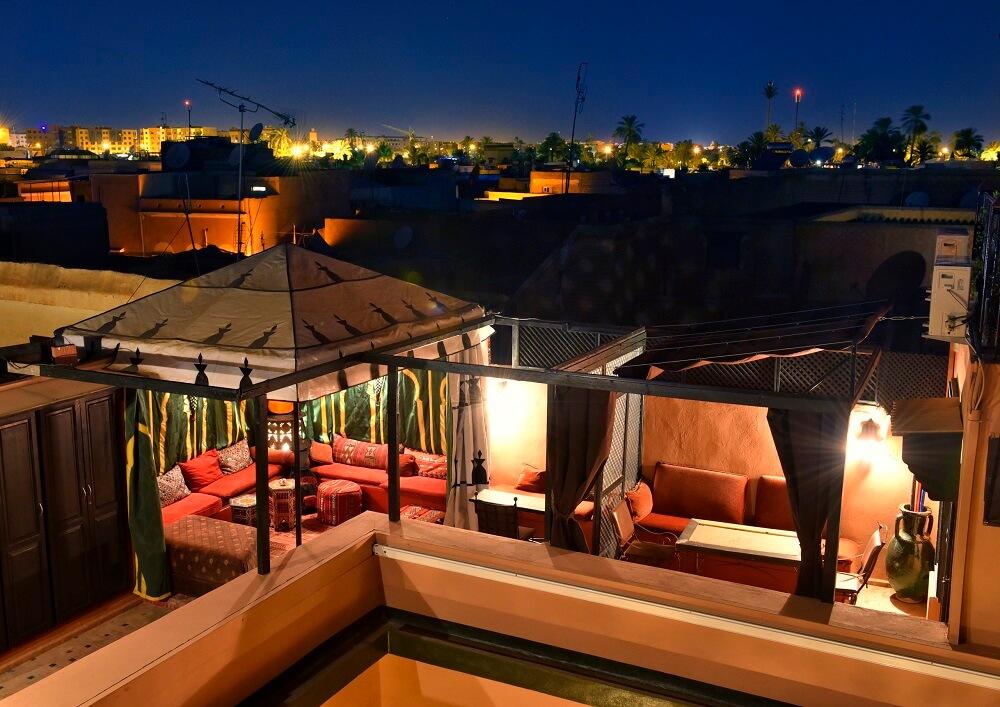 Blick von der Dachterrasse im Hotel La Maison Nomade über die Medina Richtung Neutstadt
