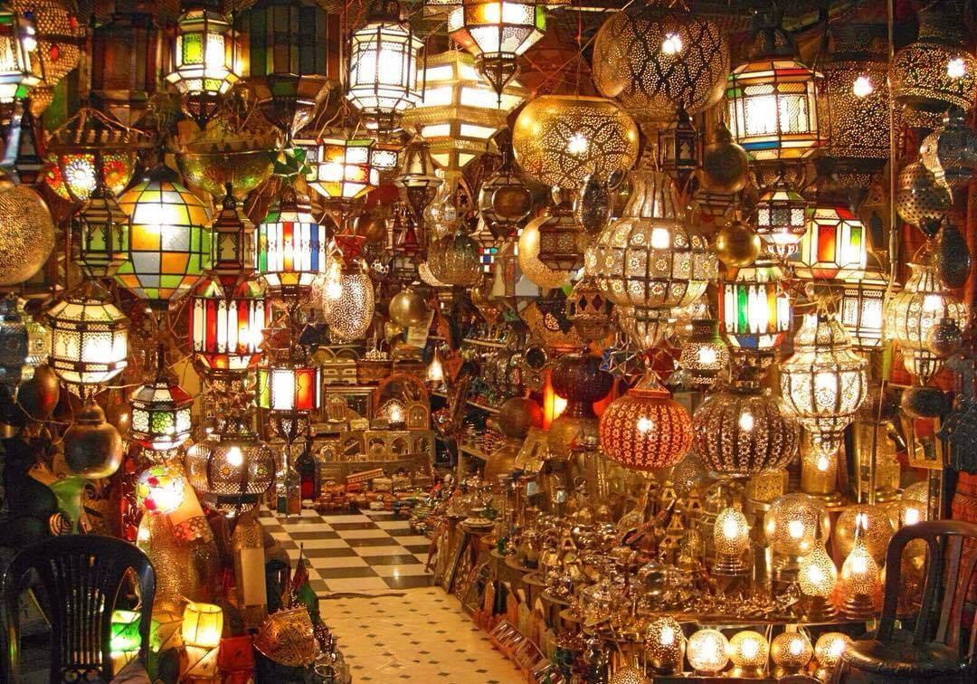 Mit dem Riad La Maison Nomade in den Lampen-Souk von Marrakesch