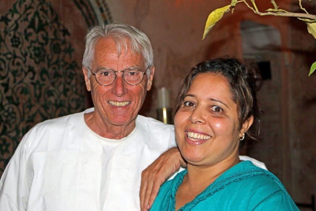 Kalthoum die Köchin mit Herbert dem Inhaber vom Hotel in Marrakesch