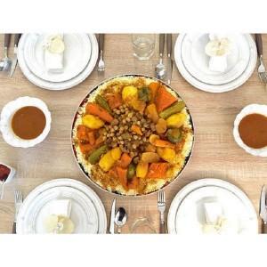 Couscous Tfaya mit Kichererbsen