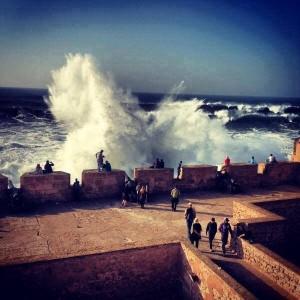 Alte Festungsmauer der Stadt Essaouira in Marokko am Atlantik