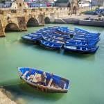 Fischerboote-im-Hafen-von-Essaouira