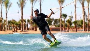 Surfen in Marrakesch im Waky Parc