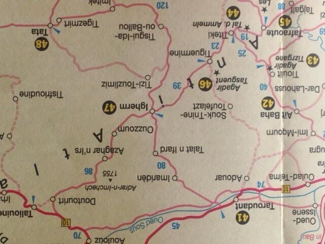 Landkarte Anti-Atlas und Sous. Mit dem Hotel La Maison Nomade eine Rundreise