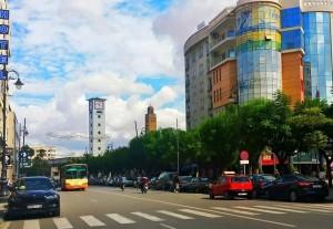 oujda eine marokkanische Großstadt an der algerischen Grenze