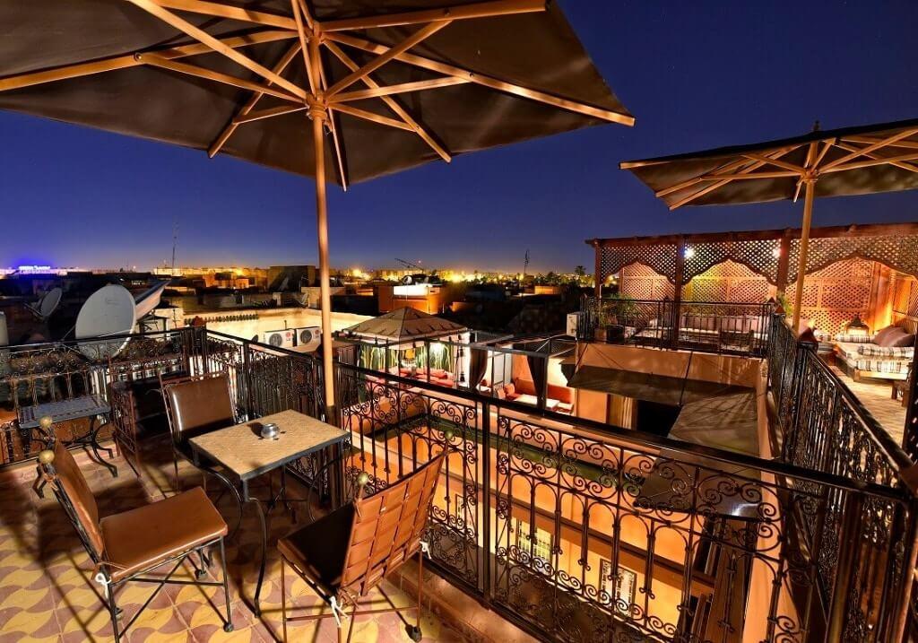 Ein guten Platz für Ihre Städtereise Marrakesch, die Dachterrasse im Riad La Maison Nomade